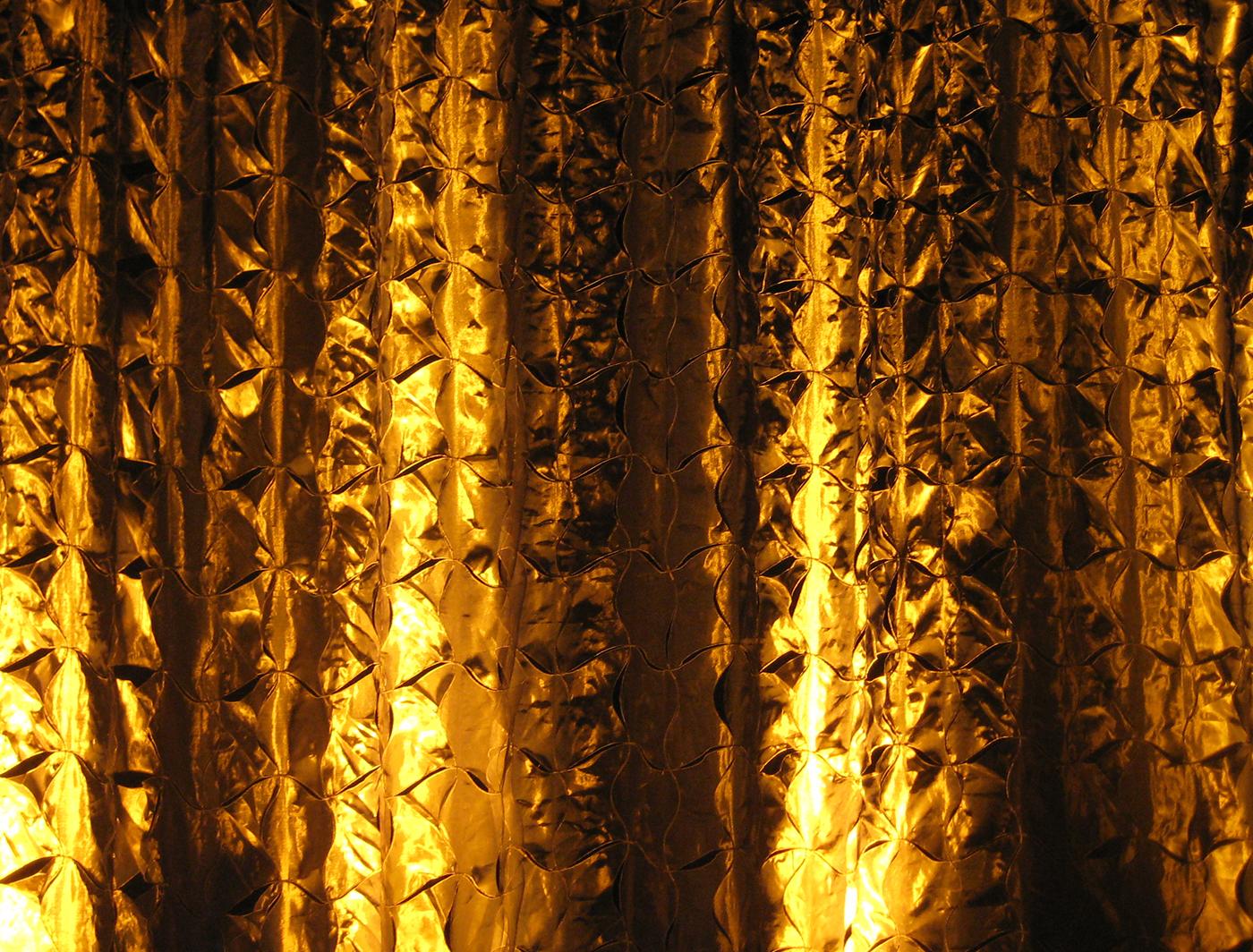 CONFETTI CLOTH BACKDROP LIGHTS BEAUTIFULLY