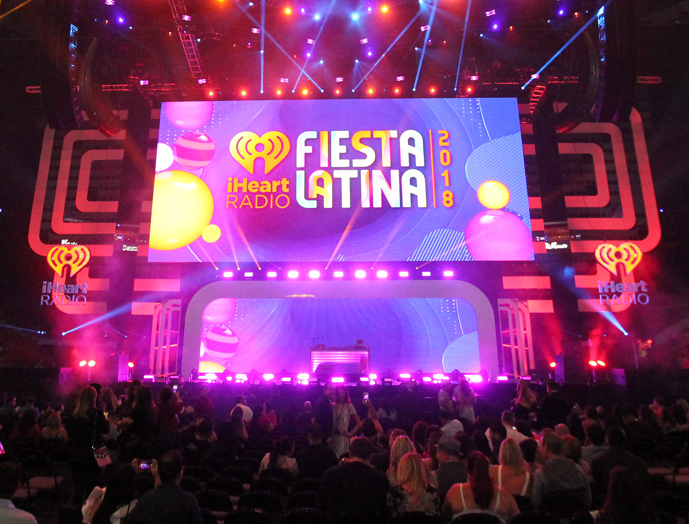 SuperLever ProPane panels hung uniquely at the 2018 iHeartRadio Fiesta Latina