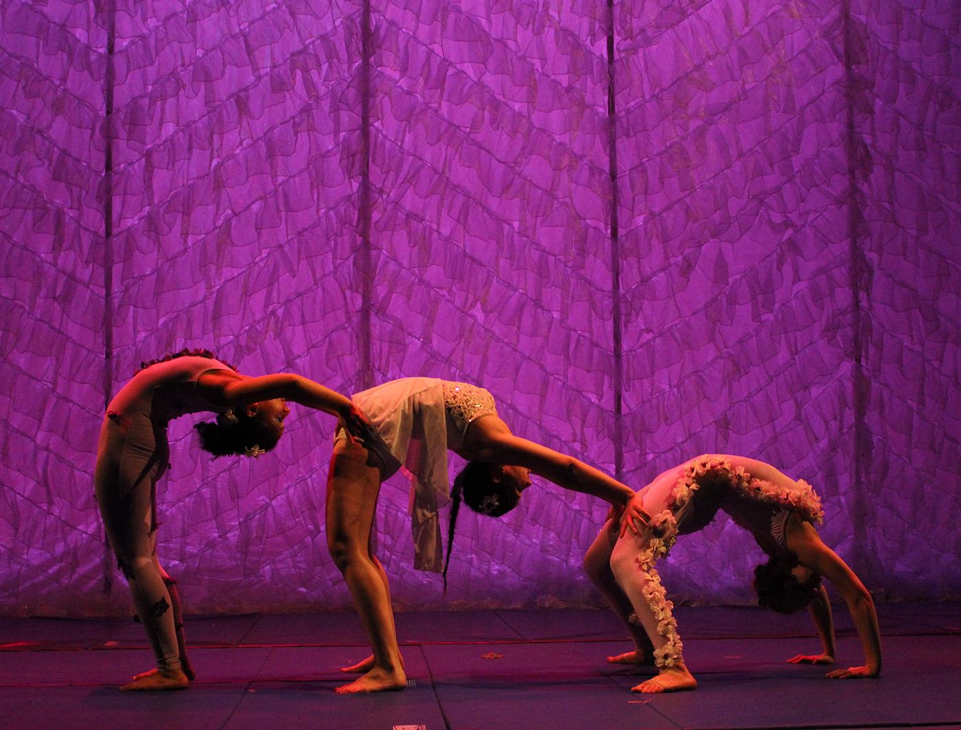 Dancers bend over backwards for FLOUNCE