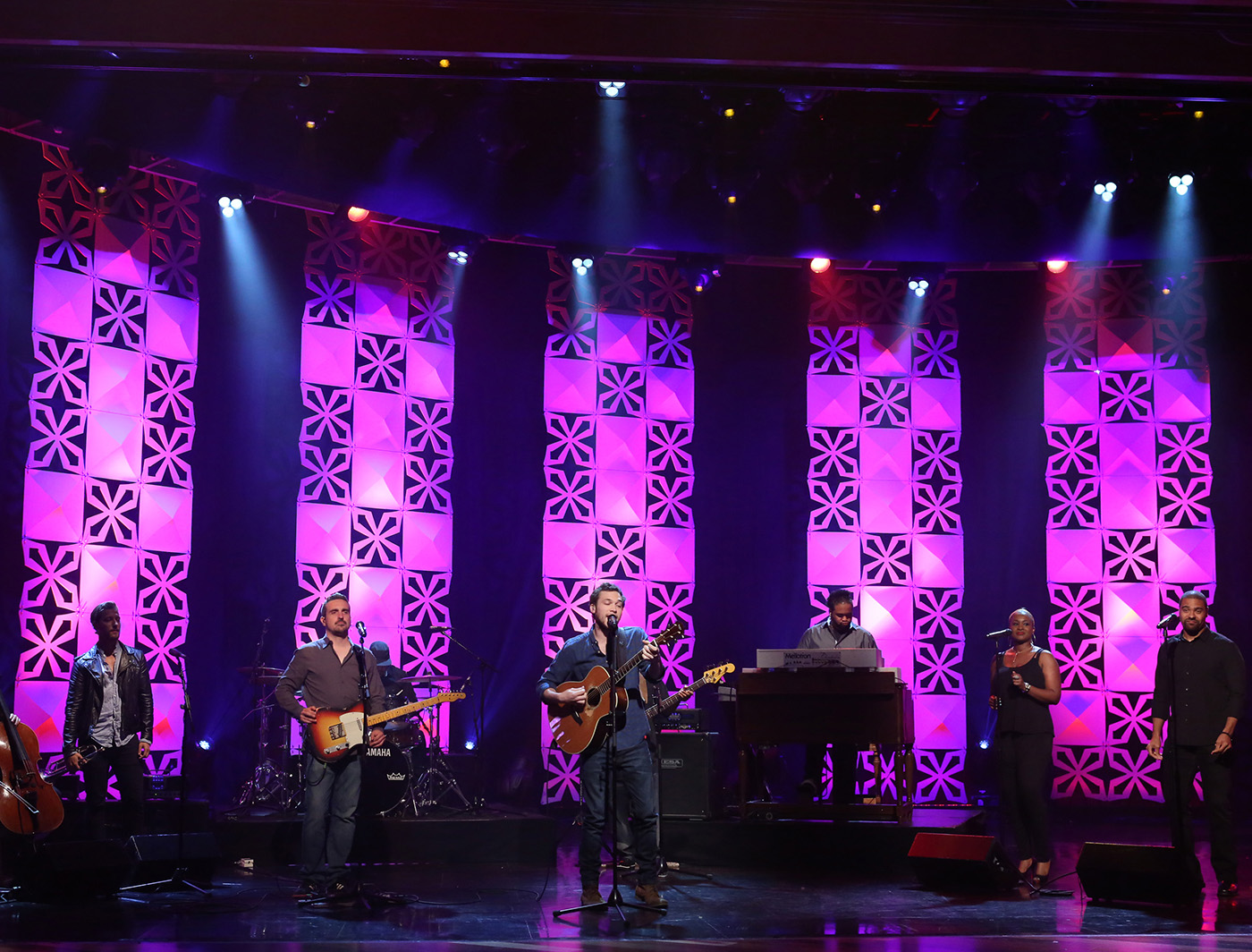 Pyramid and Xscape panels backup Phillip Phillips on The Ellen Show