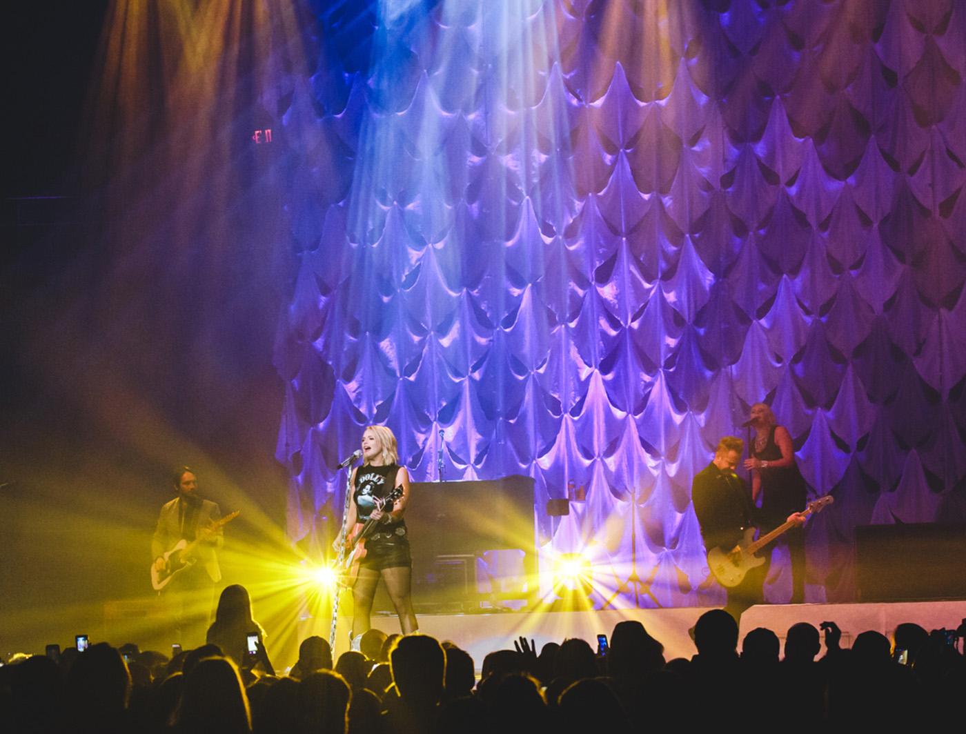 Batty on the Miranda Lambert Tour