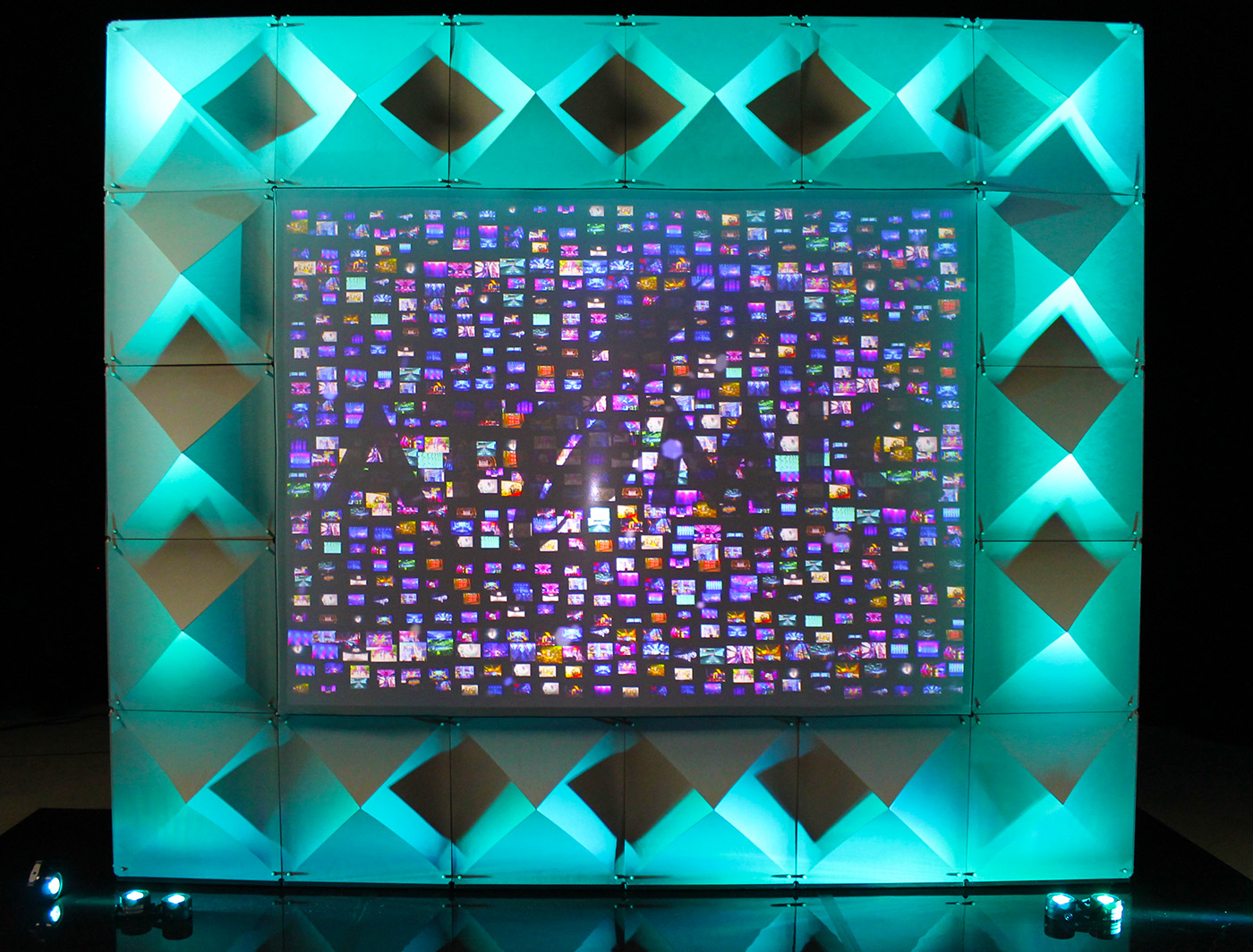 xPRO is a seamless projection surface that integrates easily into ATOMIC's SuperWalls
