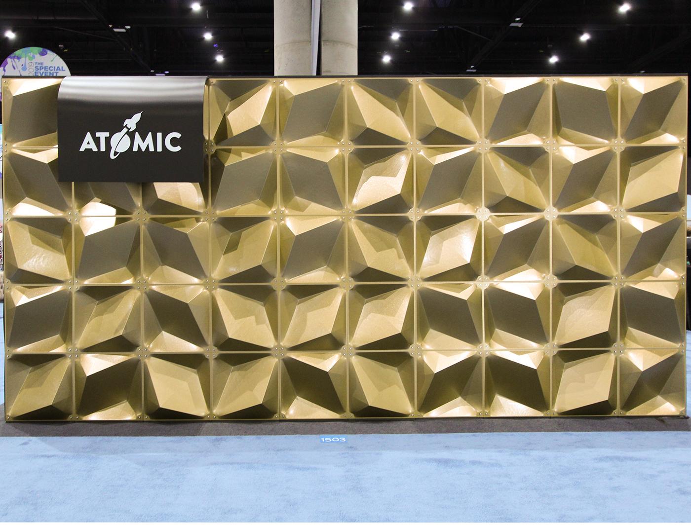 Zeddit Premium gold panels create a dazzling backdrop